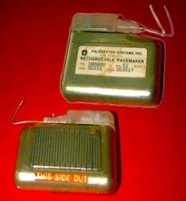 Pacesetter model BD102 VVI rechargeable pacemaker  www.implantable-devices.com David Prutchi PhD